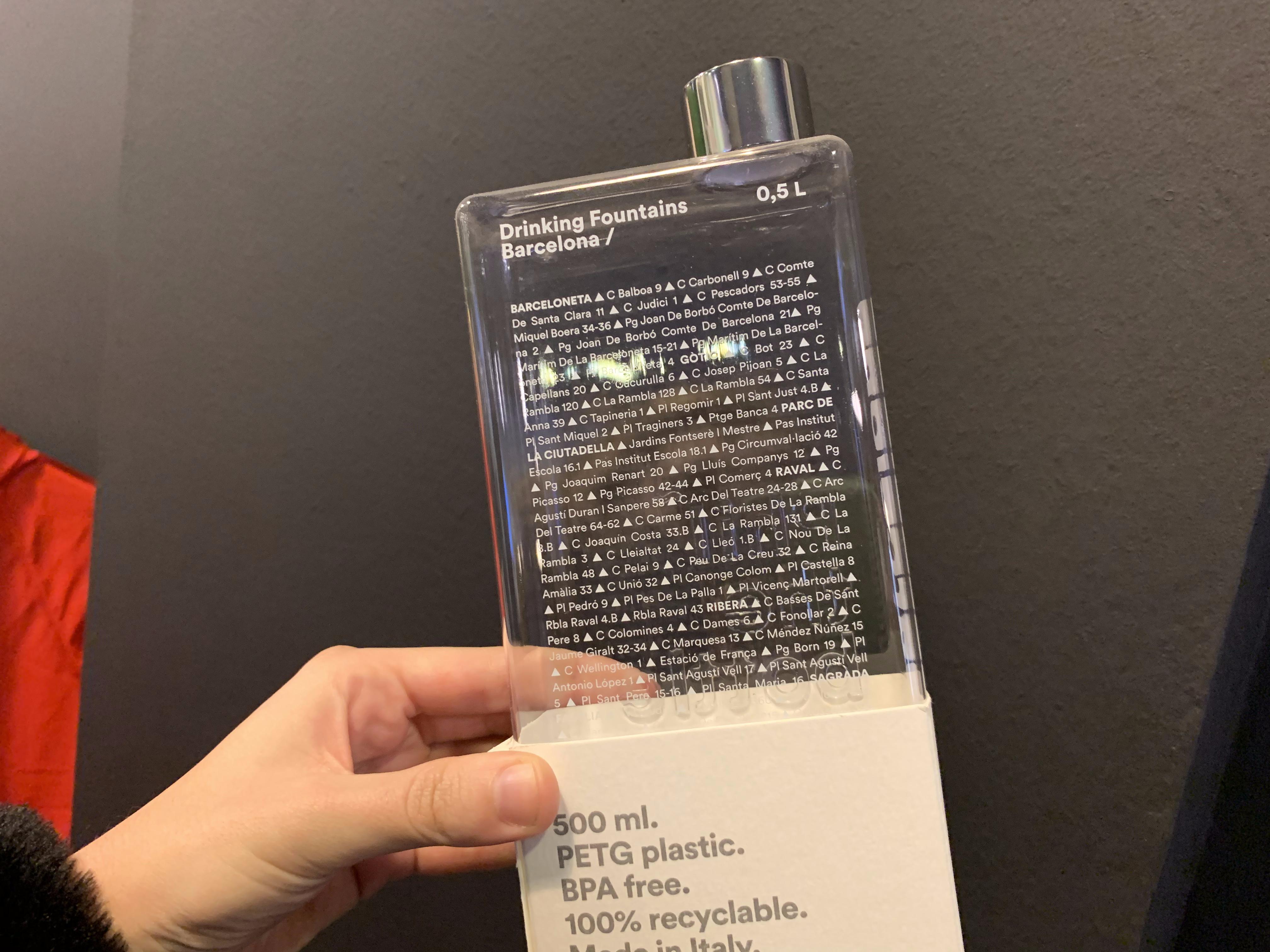 Botella reutilizable 100% reciclable en Inokim